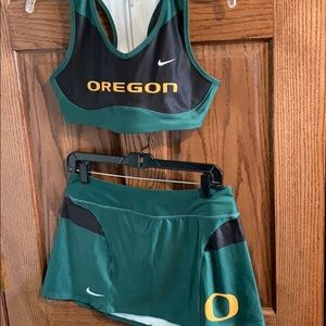 Nike DriFit Oregon Cheer/Dancewear Medium